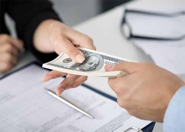 Thời gian kiểm tra hồ sơ và duyệt khoản vay nhanh chóng
