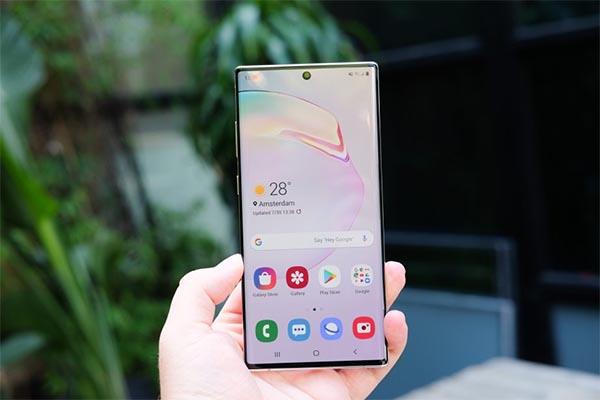 Samsung Galaxy Note 10 Plus kích thước màn hình 6.8 inch