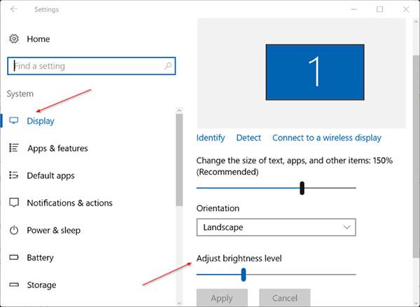 Thay đổi độ sáng màn hình tại mục Adjust screen brightness
