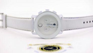 Yếu tố màu sắc tạo nên nét đặc biệt trong thiết kế đồng hồ Movado Bold